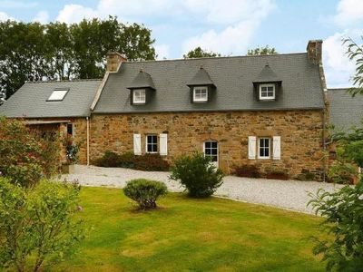 Photo for Semi-detached house, Roscanvel  in Finistère - 8 persons, 4 bedrooms