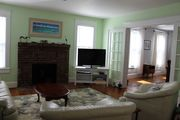 Charming Home close to shops in Historic Cape Charles