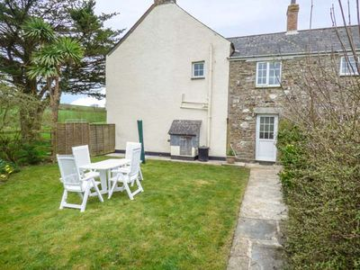 Photo for Holly Cottage, LOOE