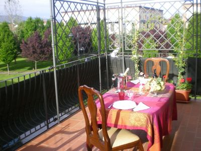 Photo for Lucca Centre With Spacious Terrace, WIFI, Private Parking and AirCon!