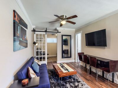 Photo for NEW LISTING! Hip & chill city apartment w/ a full kitchen - close to downtown