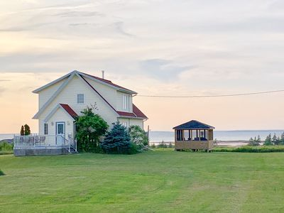 Photo for Gorgeous Private Chalet on 10 acres