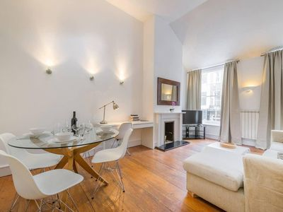 Photo for Historic triplex three bedroom house close to Regent's Park Central London (FS)