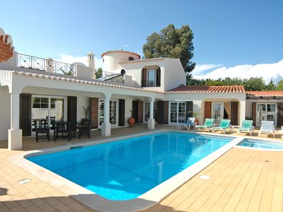 Photo for The Gaff - spacious 5 bedroom villa close to Centianes Beach