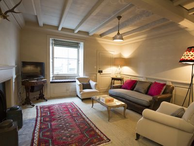 Photo for The White Swan Inn Charming Comfy Central Cottage with Parking