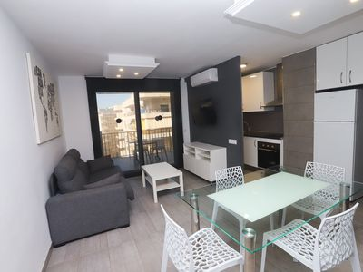 Photo for Apartment with 2 rooms for 4/6 people in the tourist center of S
