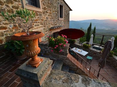 Photo for CHIANTI VINEYARDS OLIVE GROVES FOOD TASTINGS SCENIC VIEWS