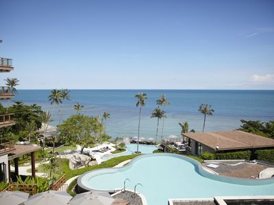 Photo for Luxury Seaview Two-Bedroom Apartment in 5* Resort