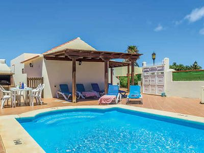 Photo for Perfectly located Villa w/pool & free Wi-Fi, a short walk from the beach