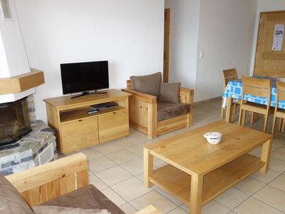 Photo for 4*, 2-bedroom-apartment, for 4-8 people located in the center of the resort at 250m from the skilift