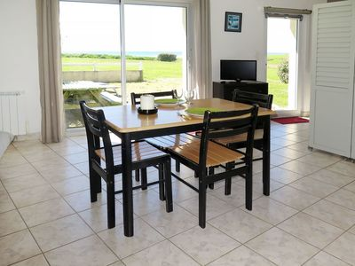 Photo for Beautiful apartment for 4 guests with TV, pets allowed and parking