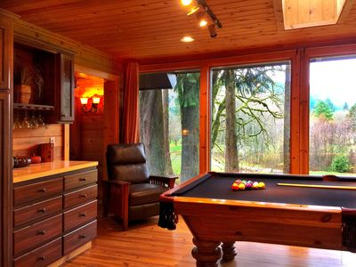 Photo for 3200 sq. ft. Rustic Cabin on the Golf Course !! 15 minutes to the Ski Slopes