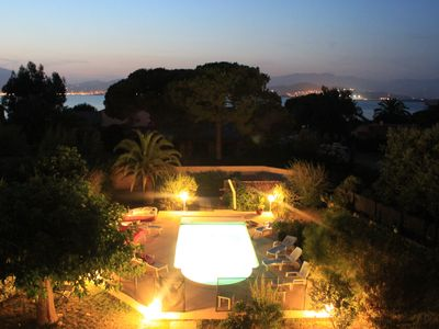 Photo for Porticcio villa for 12 pers with heated pool and private access to the beach