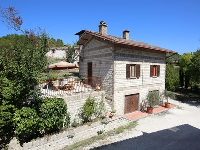 Photo for Small villa with a big garden and a big swimming pool - Sassoferrato