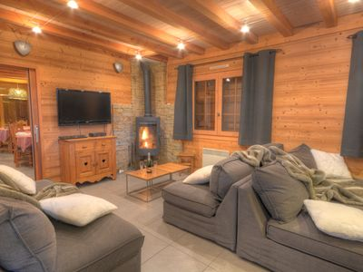 Photo for 5 stars chalet, 8 bedrooms, 8 bathroom, sauna, 300m from Grand Massif gondola