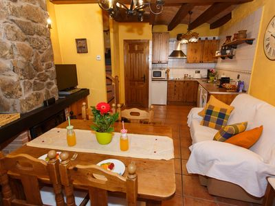 Photo for Beautiful little house for even with fireplace in Braojos