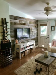 Photo for Cozy cottage-like 2/2 1 mile from 5th Ave and Less than 2 miles from the beach!