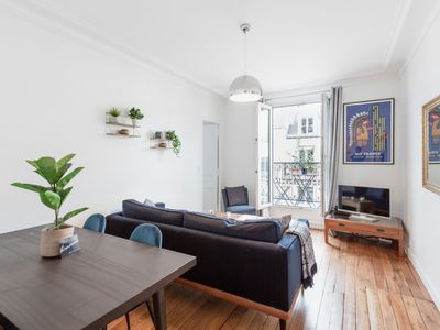 Photo for Charming flat with balcony near Ternes for 4p