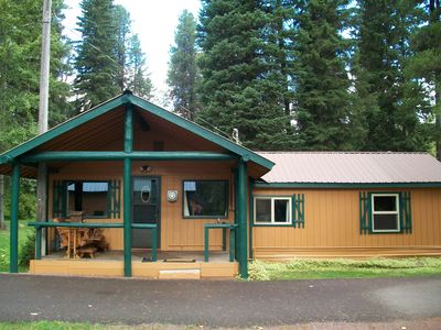 Photo for Centrally Located B/t East And West Glacier, This Is Your Home Away From Home.