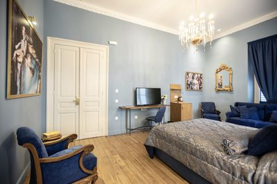 Queen Suite with balcony, Bohemian Suites, Athens