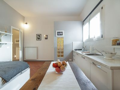 Photo for Central Pitti Studio Flat - Apartment for 2 people in Florencia