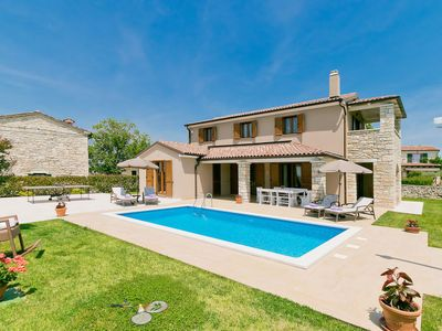 Photo for Vacation home Angela  in Poreč/Sv. Lovre��, Istria - 8 persons, 3 bedrooms