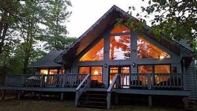 Beautiful Chalet On Long Lake.  A great Family getaway.