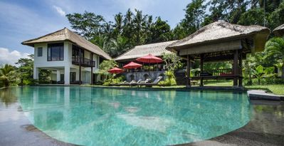 Photo for 7 Bedrooms Villa in Ubud Bali Good Views