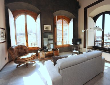 Photo for Spacious Cumino apartment in San Lorenzo with WiFi & air conditioning.