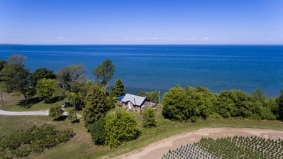 Ariel view of the Chardonnay cottage.