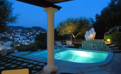 Photo for Salt Stone Villa with infinity pool, air conditioning and wifi / hifi