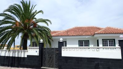 Photo for House with private pool, with sea and mountain views and free wifi - near Puerto