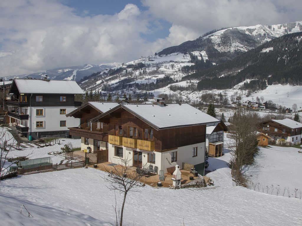 A320 Chalet With Great Views Close To Zell Am See