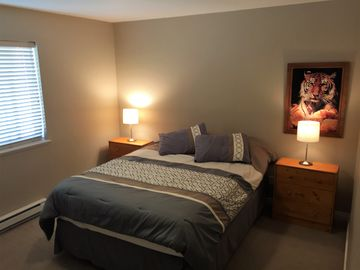 """""""Resort-Like"""" Downtown Squamish Suite"""