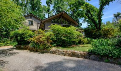 Photo for A Tryon Storybook Cottage: Downtown Tryon gem, convenient to TIEC, restaurants, shops & more!
