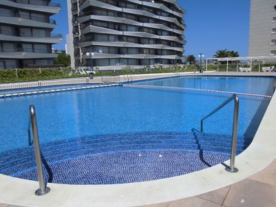 "Photo for A short walk away (92 m) from the ""Platja Gran de L'Estartit"" in Torroella de Montgrí with Internet, Pool, Air conditioning, Parking (747768)"