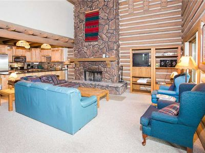 Photo for Temptation 8 (3BR Silver with Hot Tub): 3 BR / 2.5 BA  in Park City, Sleeps 9