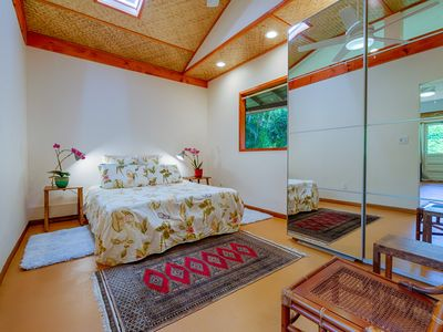 Photo for One Bedroom Suite Perfectly Located for a Convenient Laid Back Island Vacation