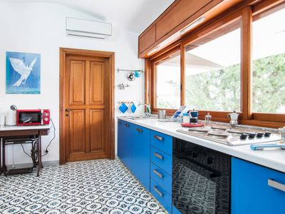 Photo for Very nice penthouse with terrace in villa near the sea and CONI between Rom and Nap