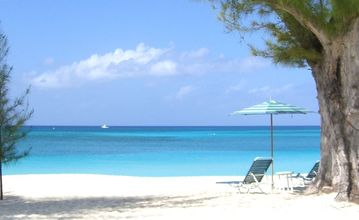 Villas of the Galleon (George Town, Cayman Islands)