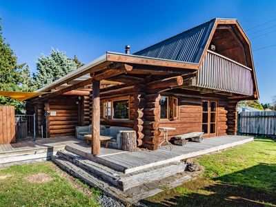 Photo for Cosy Warm Log Cabin - Ohakune Holiday Home