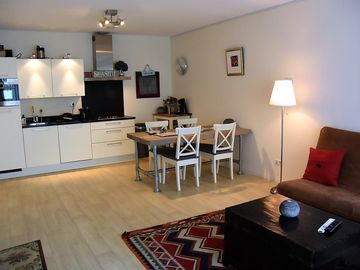Scheveningen beach house 70 meters from the beach with parking