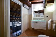 Luxury & Charming 2 BR.  2 BTH. in the Hearth of Rome (Ibernesi1)