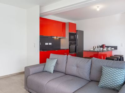 Photo for Nice apartment for 4 guests with A/C, WIFI, TV, pets allowed and parking