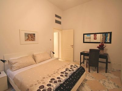 Photo for Apartment in the center of Florence with Lift, Internet, Washing machine, Air conditioning (117809)