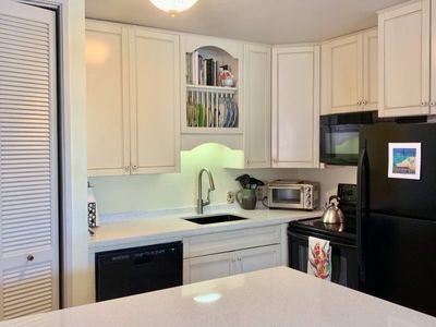 Photo for Home of the Land ~ You will feel the love of the Hawaiian Islands in this comfortable condo