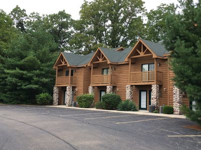 Photo for Vacation Villa  Located Near Starved Rock and Matthiessen State Parks!