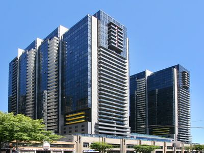 Photo for Melbourne Tower Apartment 4