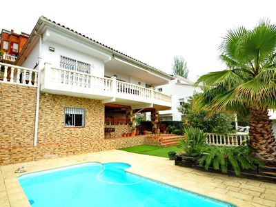 Photo for El balcón de Alella. Great house for 8 people with swimming and seaviews.