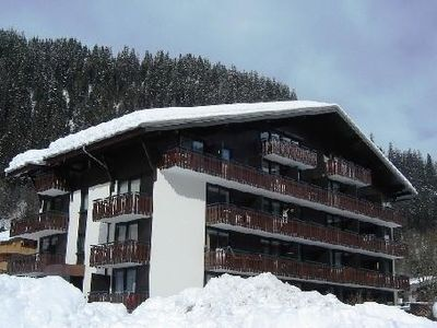 Photo for Studio in a charming chalet for 4 people at the foot of slopes, 1200m of altitud
